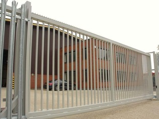 Industrial sliding gate example