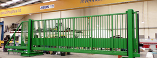 CSG 10140 Sliding gate for wide entrances withstanding impacts of up to 40mph